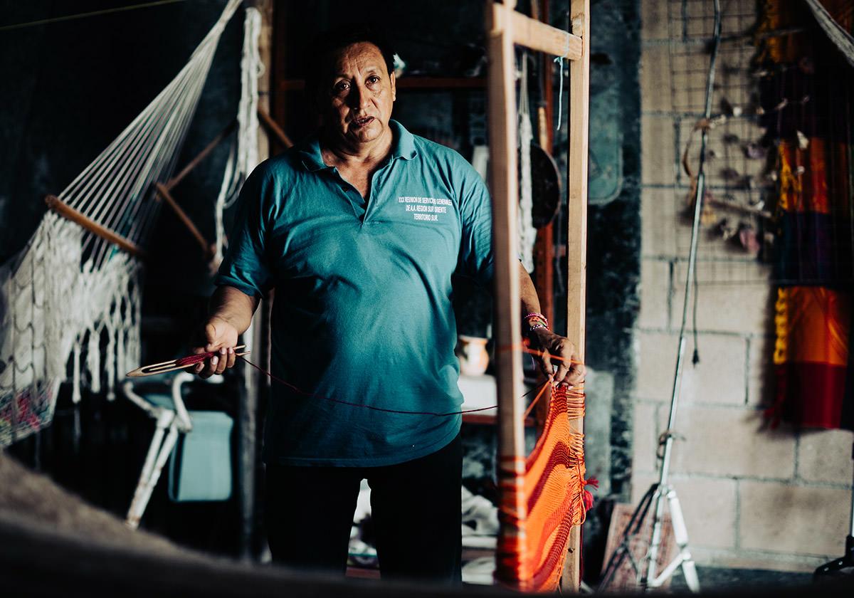 Hammock-being-made-puerto-morelos.jpg